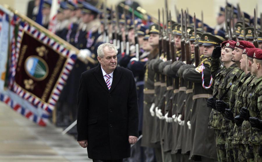 Советы посла США по поводу поездки в Москву возмутили президента Чехии