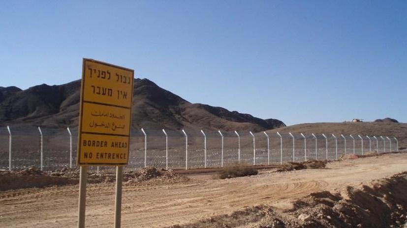 Две ракеты упали в районе израильского курортного города Эйлат