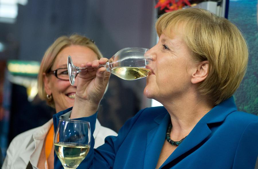 Блок Ангелы Меркель одержал победу на выборах в Германии