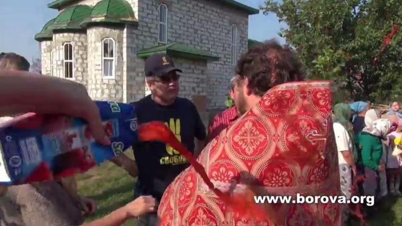 Экстремисты Радикальной партии Ляшко устроили погром в православном храме под Киевом