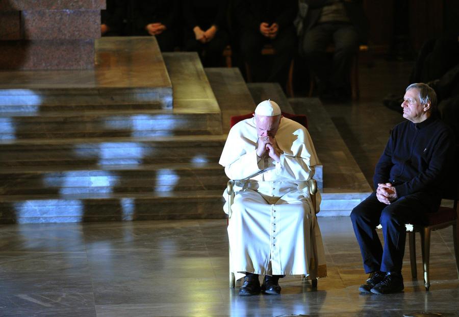 Папа Римский Франциск: Члены мафиозных банд отправятся в ад