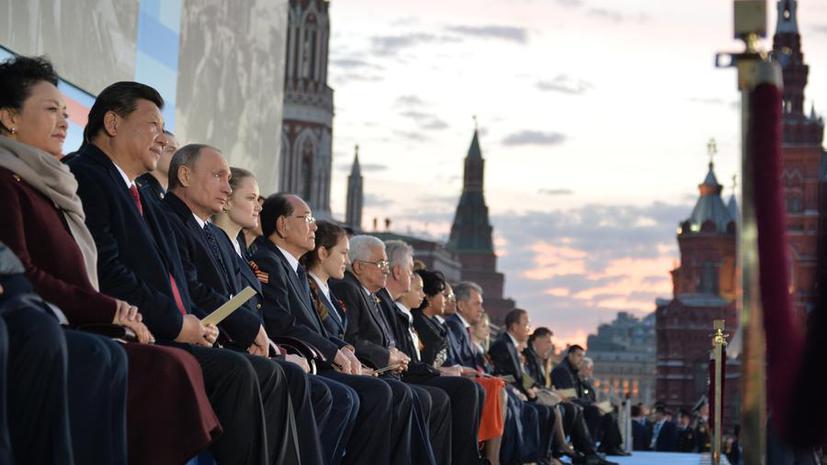Итальянские СМИ: Западные страны изолировали себя, пропустив парад в Москве