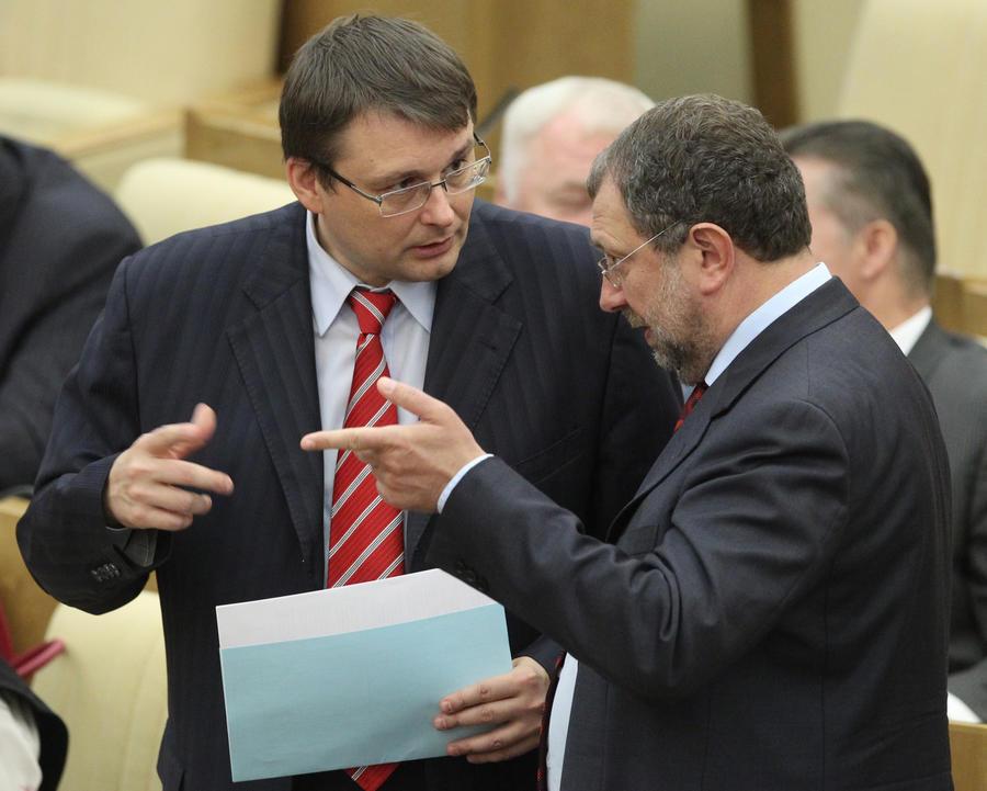 Депутат предлагает ввести налог на иностранные названия