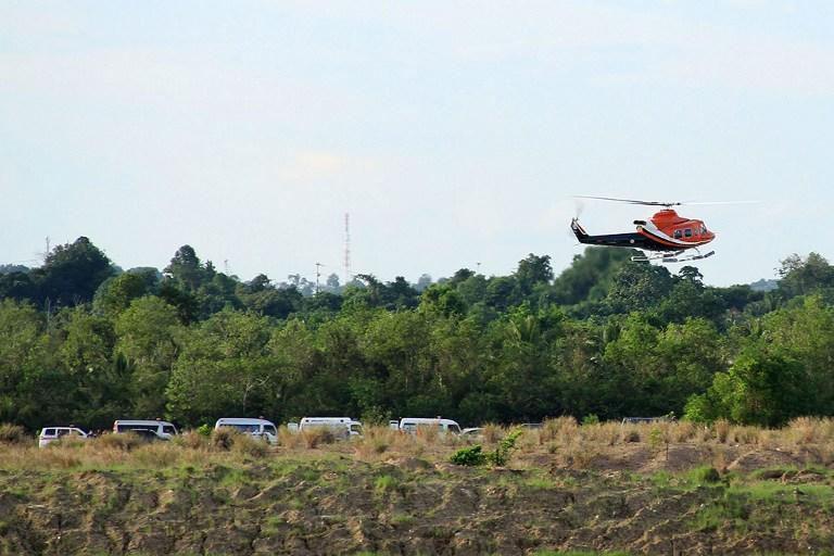 Индонезийский военный вертолёт потерпел крушение в джунглях Борнео, 13 человек погибли