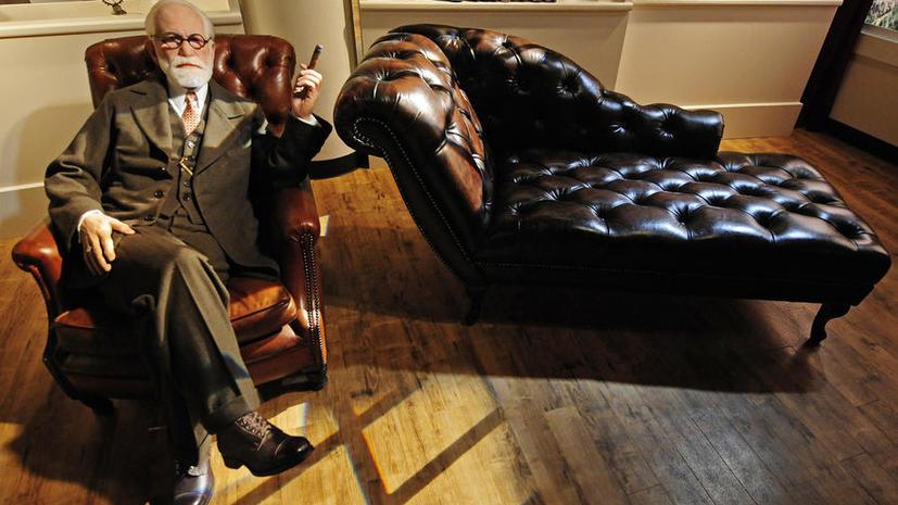 В Лондоне разбили урну с прахом Зигмунда Фрейда при попытке её похитить