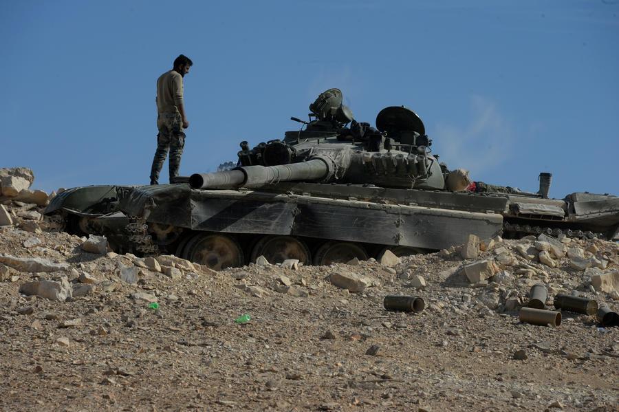 Берут своё: сирийская армия освободила от ИГ христианский город Эль-Карьятейн
