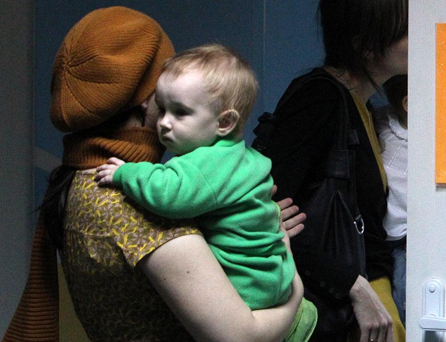 МИД России обеспокоен судьбой ребенка, усыновленного однополой парой из США