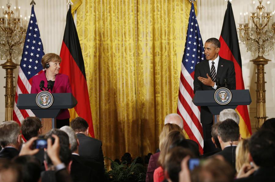 Обама и Меркель заявили о возможном ужесточении антироссийских санкций