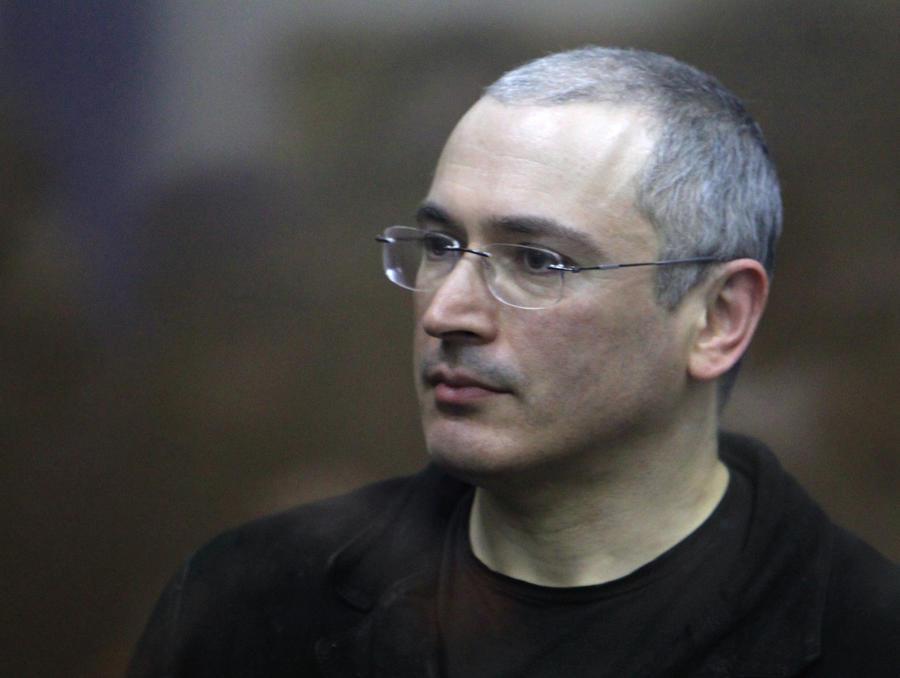 Коммерсантъ: Перед подачей прошения о помиловании с Ходорковским разговаривали представители спецслужб