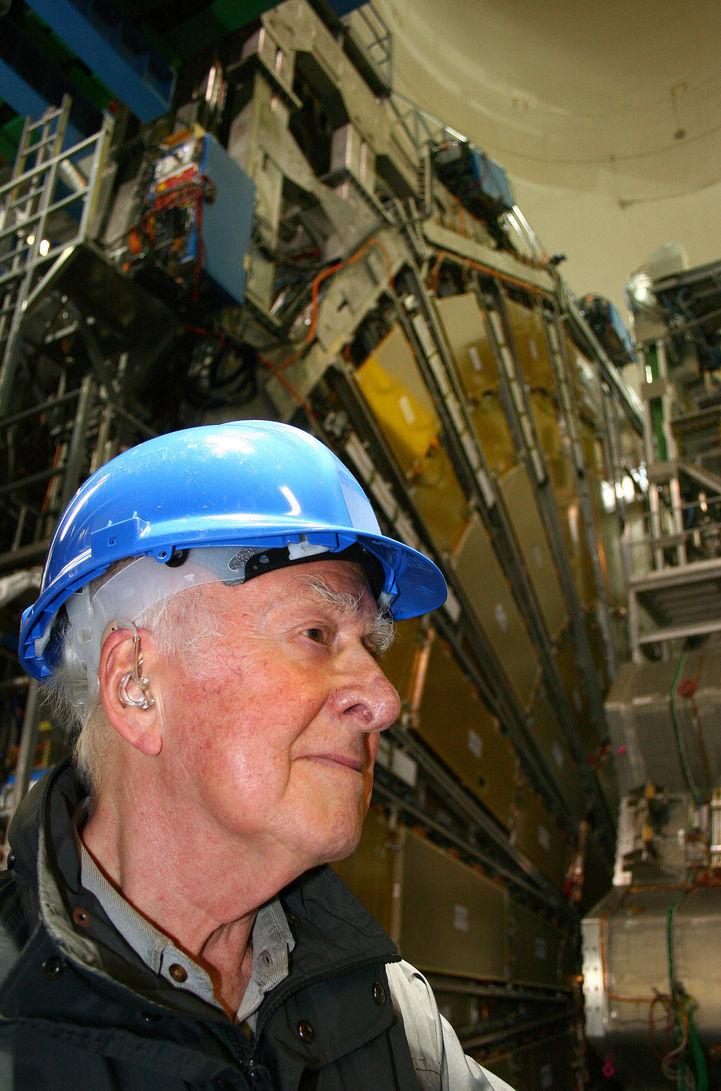 В честь профессора Питера Хиггса учреждена премия в области физики
