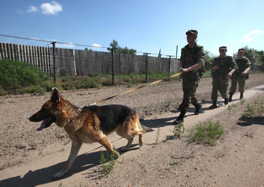 Американские СМИ: Российские спецслужбы тоже следят за своими гражданами