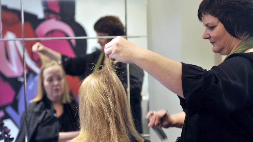 Несостоявшиеся визажисты и парикмахеры Нью-Йорка оказались в долговой яме
