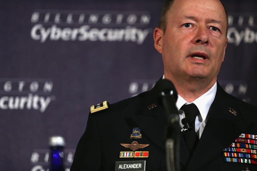 Директор скандальной спецслужбы АНБ уйдёт в отставку, его место займёт адмирал