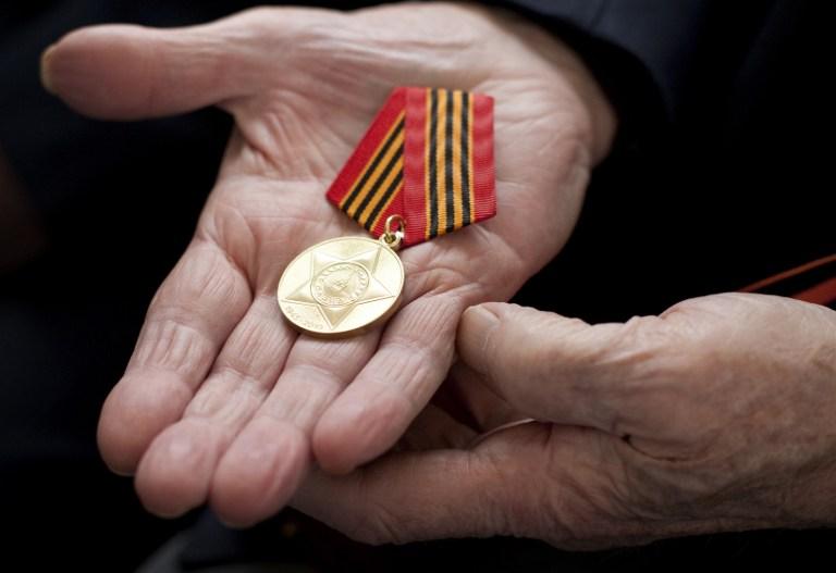 В почести отказано: британцев лишили русских наград
