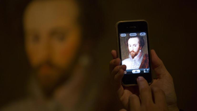 АНБ перехватывает миллионы SMS-сообщений каждый день