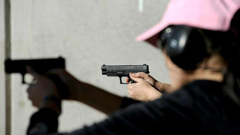 В американских школах ведут стрелковые учения с применением холостых патронов