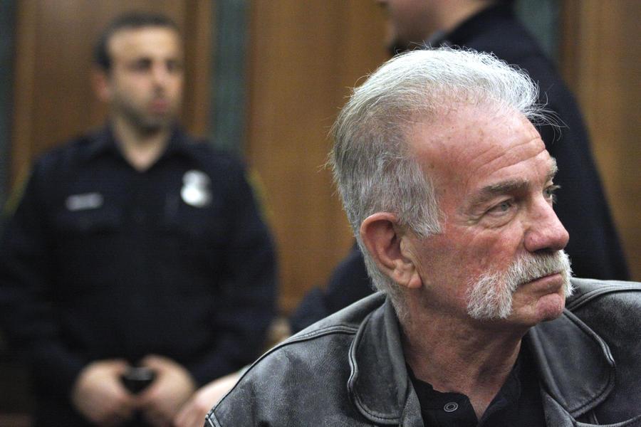 В США арестован священник, который планировал сжечь 3 тыс. экземпляров Корана