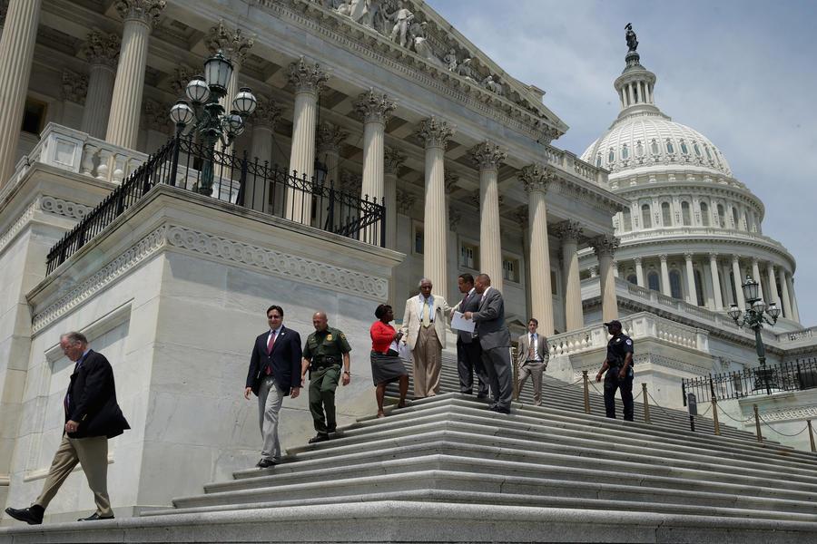 Среди американских конгрессменов выросло число противников вторжения в Сирию