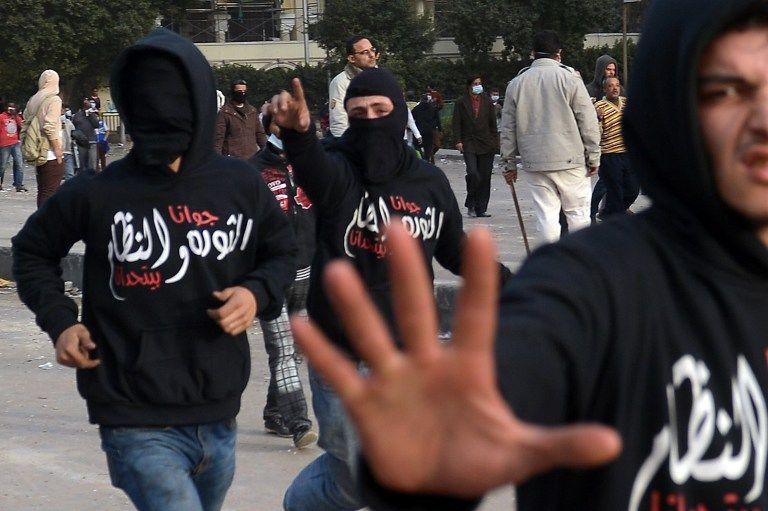 Египетские оппозиционеры насилуют женщин после демонстраций протеста