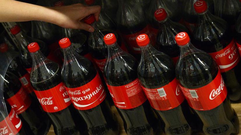 В российских школах запретят продавать сладкие газированные напитки