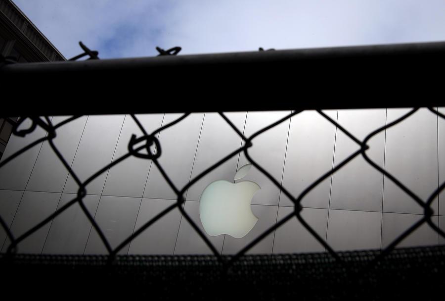 Несовершеннолетних сборщиков iPhone будут отсеивать с помощью технологии распознавания лиц