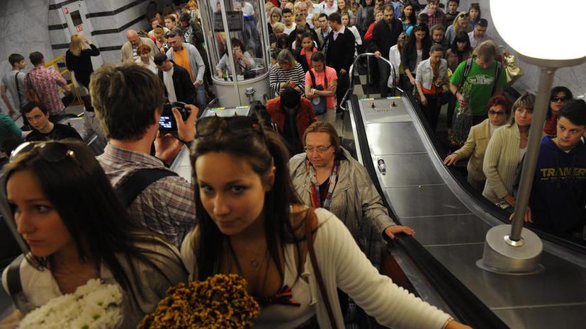 В московском метро в час пик будут закрывать переходы и отправлять пассажиров на улицу