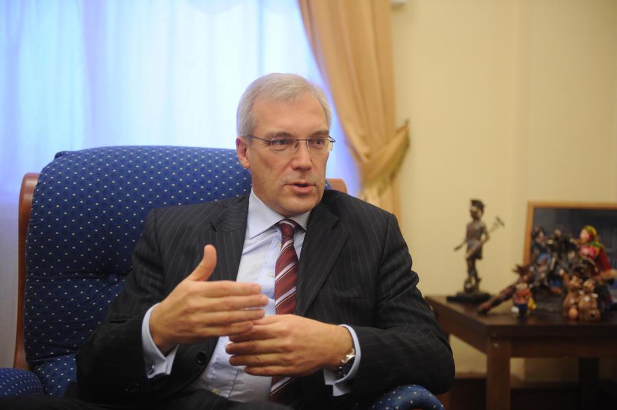 Полпред России при НАТО: решение ЕС подливает масла в сирийский огонь