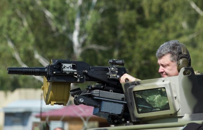 СМИ: Война делает Петра Порошенко ещё богаче