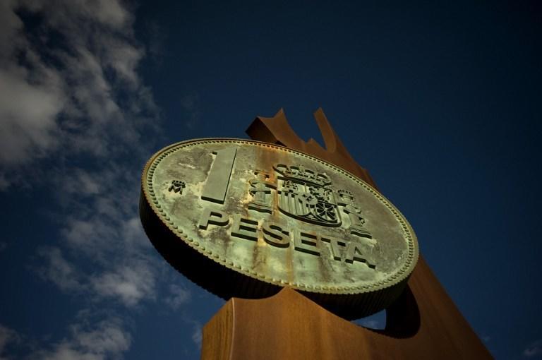 Опрос: треть испанцев выступают за возврат к национальной валюте песете