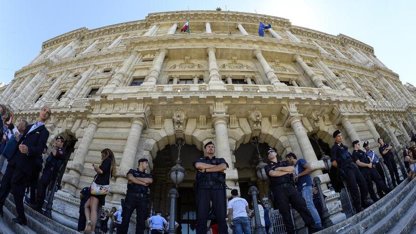 Прокурор просит смягчить приговор Берлускони