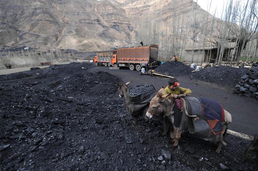 В Афганистане обрушилась угольная шахта: по меньшей мере, 27 человек погибли
