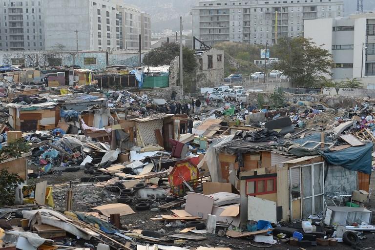Полиция Марселя снесла поселение цыган