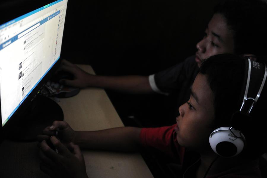 Facebook разрешила подросткам публиковать новые события в открытом доступе