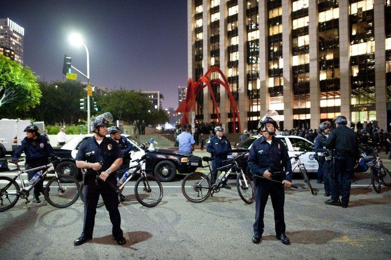 Тревога в Лос-Анджелесе: Спецслужбы ищут маньяка, который расстреливает полицейских