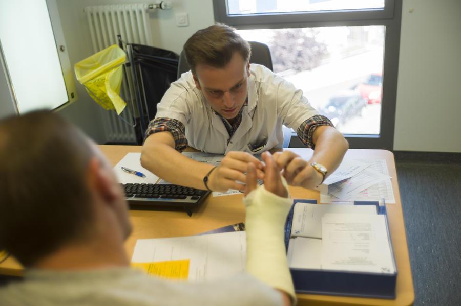Британский научный центр: Пациенты должны платить за каждый визит к врачу