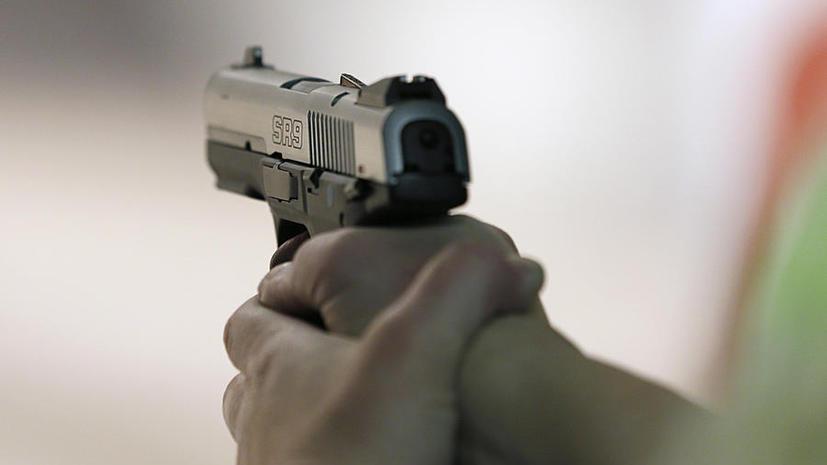 Двухлетний мальчик из Техаса выстрелил себе в голову из отцовского пистолета
