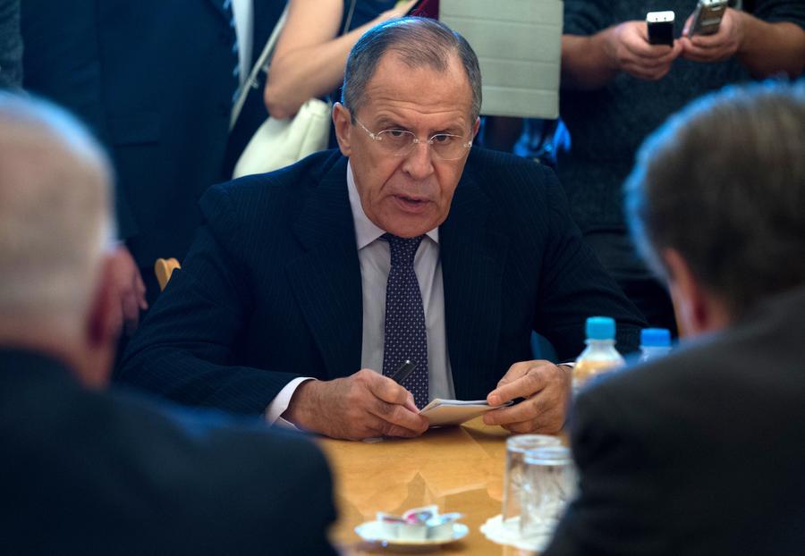 Сергей Лавров: Применение плана Путина поможет Украине выйти из кризиса