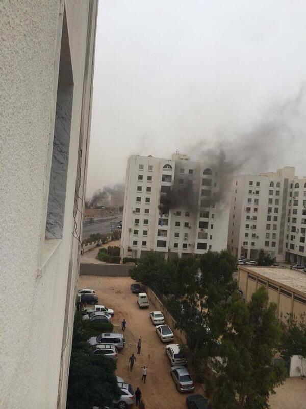 В столице Ливии у зданий правительства и МВД вспыхнули вооружённые столкновения
