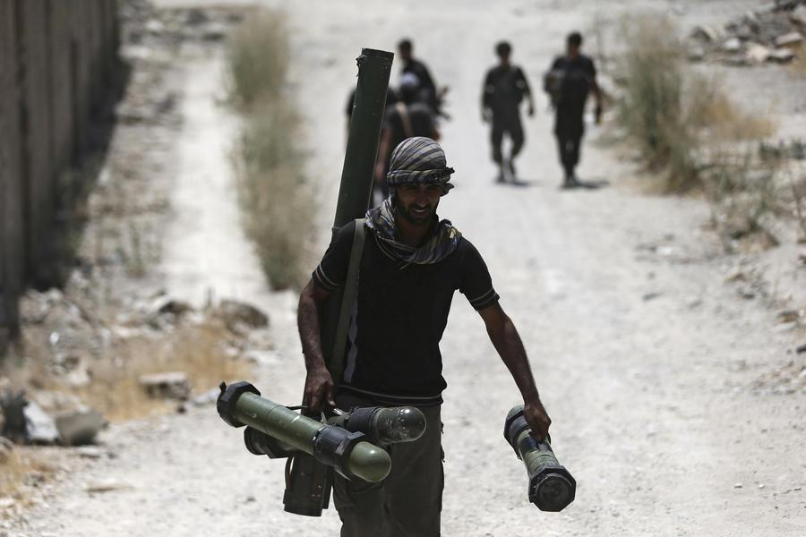 СМИ: Вашингтон закрывает программу подготовки повстанцев в Сирии стоимостью $500 млн