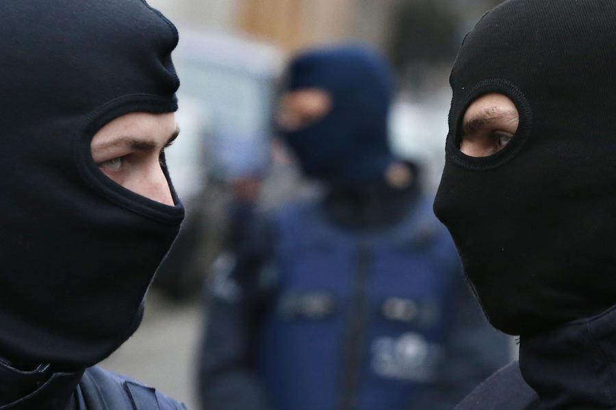 Бывший глава французского полицейского спецназа: В вопросах безопасности нет места морали