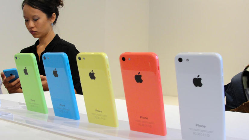 Акции Apple упали в цене сразу после презентации новых моделей