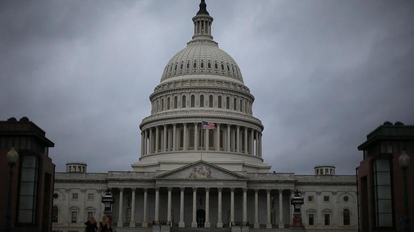 Сенатор: ЦРУ взламывало компьютеры сотрудников американского конгресса