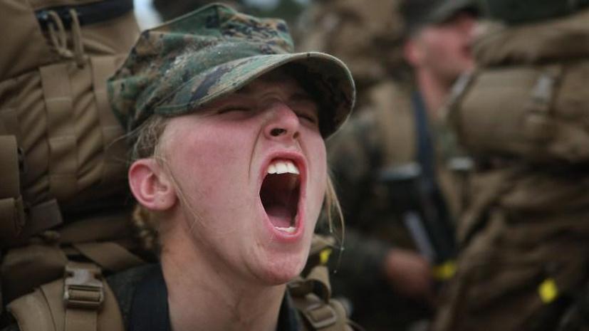 Морская пехота США снизила требования по физподготовке для женщин-новобранцев