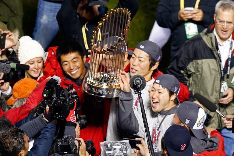 «Бостон Ред Сокс» выиграли Мировую Серию - бейсбольный сезон в США закончен