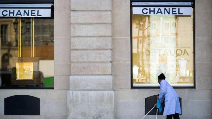 Французские модные дома терпят убытки из-за роста насилия на улицах Парижа
