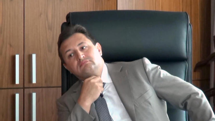 Председатель правления Росбанка успел получить от предпринимателя $1 млн перед задержанием