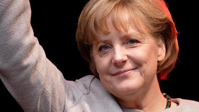 Ангела Меркель пообещала содействовать мирному разрешению украинского конфликта