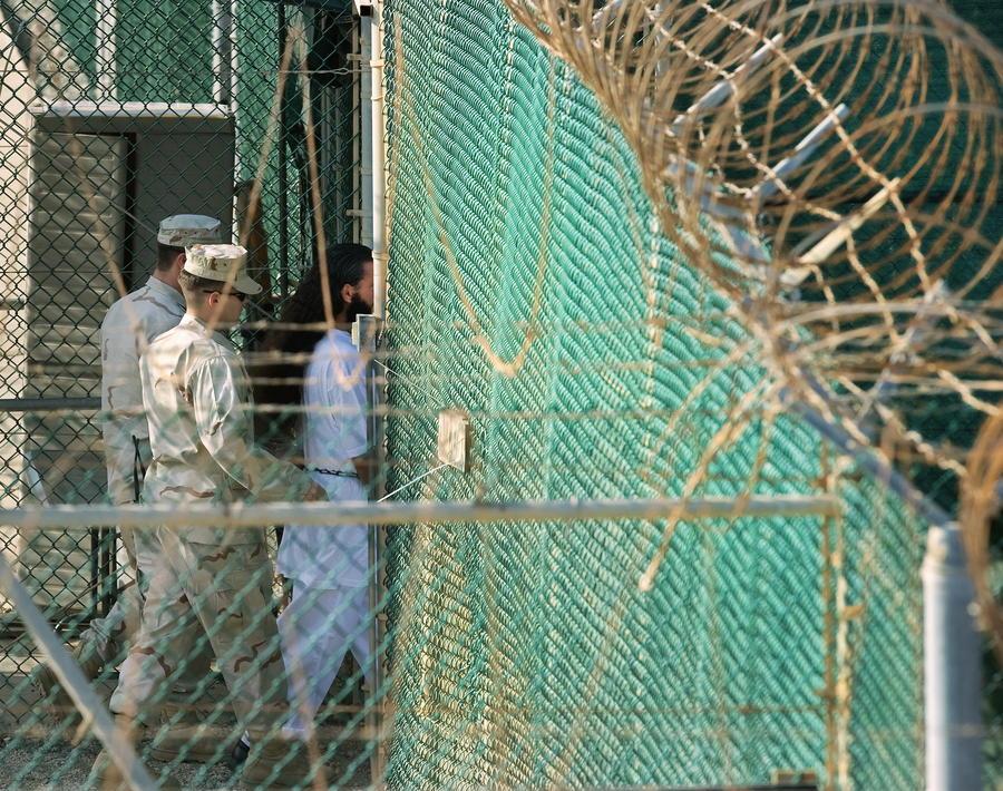 СМИ: ЦРУ превращало узников Гуантанамо в двойных агентов