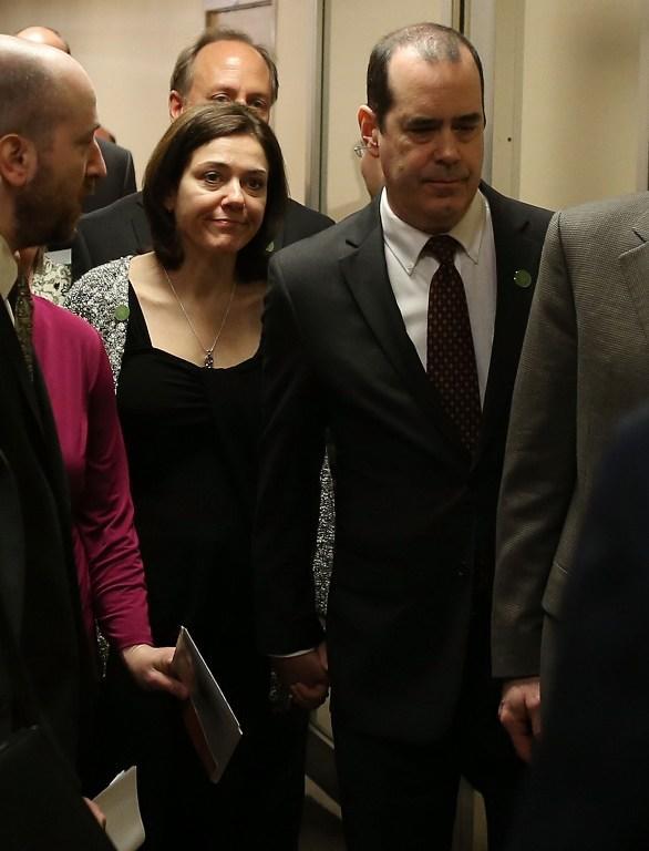 Барак Обама эксплуатирует трагедию в Ньютауне для продвижения антиооружейного закона