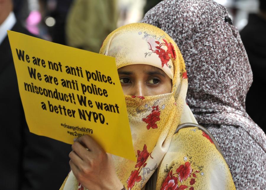 Полиция Нью-Йорка ответит перед судом за слежку за мусульманами